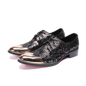 La moda de vestir de punto de la onda zapatos hombres de negocios con cordones de la punta estrecha tallada Bullock oxford para los hombres FÄLT zapatos de la oficina del partido