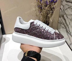 Designer de luxe Plate-forme classique Chaussures Casual Chaussures Femmes Skate Sneakers Glitter Shinny Heelback Chaussures de tennis Chaussures C03