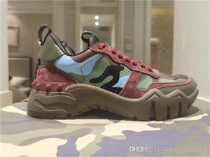 The latest fashion show in 2020 Classic Characteristic camouflage pattern of old flowers Thick base sneakers With high-end packaging