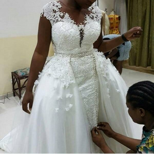 African Lace Wedding Dresses With Detachable Train Handwork Cap Sleeves Sheer Neck Plus Size Bridal Gown Vestidos De Novia