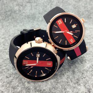 2019 En Moda Lüks Kadın Saatler Erkekler Chronograph Kuvars İzle Spor Tarih yüksek kaliteli Saatı üst tasarım Güzel saat lastik bant