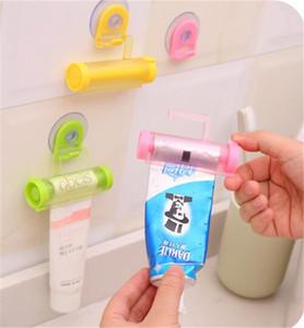 Distributeur de dentifrice à roulement pour tube de serrage Porte-ventouse Crème dentaire Accessoires de salle de bain Distributeur manuel de pistolet pour seringue K5431