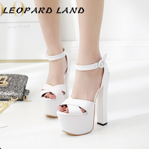 LEOPARD LAND Runway 2019 New 17cm Thick with High-heeled Platform Waterproof Sandals Models Walk Show High Sandals ZYW-679-2 Y200702