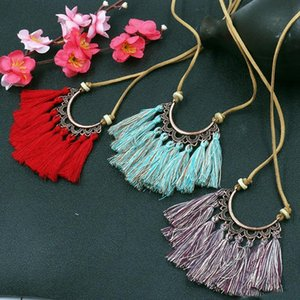 Fashion Tassels Long Necklaces Creative Flowers Sweater Chain Fringe Necklace Women Choker Charm Pendant Jewelry Accessory