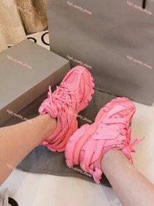 2020 new Classic Trainer Track Sneaker Men Tripler Shoe Women Casual Shoe Vintage Shoe Designer Lusso Flat Shoes Xshfbcl