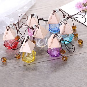 Glass Car Perfume Bottle with Wood Beautiful Cap Empty Refillable Bottle Hanging Cute Air Freshener Carrier