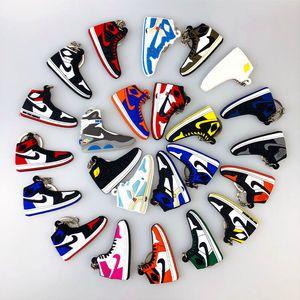 2020 Shoes Titular Mini Silicone Sneaker Keychain Mulher Homens Crianças Key presente Ring Key encanto do saco Acessórios Basquetebol Chaveiros