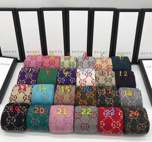 Avec Boîte aux lettres célèbre longues chaussettes femmes chaussettes New Chaussette de coton Aménagée Brand Design G 070