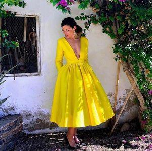 2020 Дешевые чай Длина Глубокий V-образный вырез платья партии осень-зима с длинным рукавом драпированные принцессы линии выпускного вечера Выпускной платье невесты
