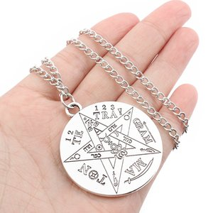 Charms catena Collana Tetragramma Pentagram di modo 1pcs Witchcraft stella per i monili della collana di colore argento Uomini Donne
