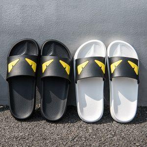 Hot Sale-Devil's pantoufles Designer Pantoufles Pursuit Satin Sandales Femmes Hommes Marque De Luxe Chaussures Mode Casual Flip Flops Pantoufle