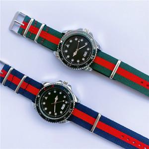 최고 남성 4.2mm 팔찌 시계 캘린더 석 캐주얼 남성용 시계의 다이얼 비즈니스 남성 손목 시계 손목 시계 높은 시계는 남자 크리스마스