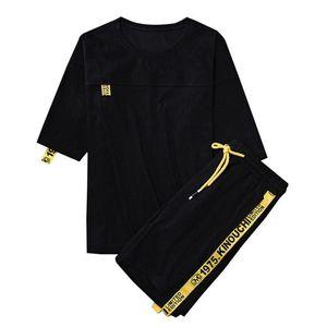 Фирменные мужские Tracksuit Summer Men Набор с коротким рукавом футболки Hip Hop Tops + шорты костюм Спортивная одежда Set Мужская одежда Комплекты Мужской Trend M-4XL