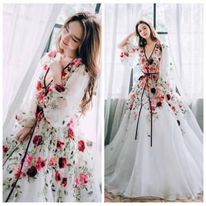화려한 섹시한 깊은 V 넥 긴 소매 꽃 아플리케 댄스 파티 드레스 2020 사용자 정의 파티 가운 여성 연예인 드레스 맥시 착용