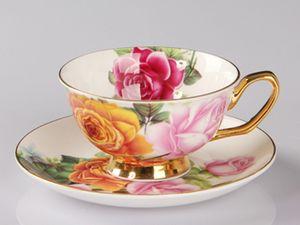 Rose Cerámica Tarde Té negro Tazas y platillos Hueso China Taza de café con bandeja Juego de vasos de porcelana Envío gratis 2019