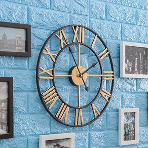 40 50cm Nordic Retro Roman Numeral Wall Clocks Large Metal Round Mute Wall Clock Hollow Quartz Watch Outdoor Home Garden Decor