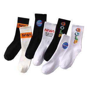 çorap erkekler kadınlar marka tasarımcısı çalışan deyimi atletik pamuk çorap deadorant golf çorap siyah beyaz boyut Euro boyutu CNY1975 bisiklet