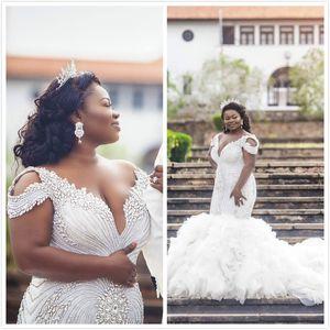 Plus Size Crystals Mermaid 2019 Arabic Wedding Dresses Spaghetti Beaded Pearls Tiers Bridal Dresses Luxurious Wedding Gowns