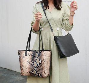 Bolsa Bolsa de bolsos de lujo designer- bolso de la alta calidad de señora Mujer bollo rellena al vapor Madre de mano para colorear Serpentina mano Bagy