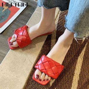 RIBETRINI Moda tacco basso traforo Shoes Hot Sale 2020 estate nuova delle donne diapositive estate casuale diapositive