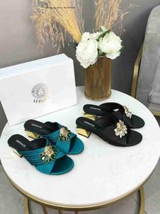 Бренд моды новые тапочки дамы на грубом каблуке животных шаблон Faux подошва Женская обувь на открытом воздухе пляж кожа ткань