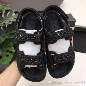 Womens new color matching daddy sandals, the latest in 2020 platform shoes Gorgeous crystal casual Flat sandals Original packaging