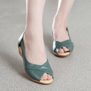 2019 nouvelles chaussures de côtes sandales à talons de faible pente de poisson en cuir sandales femmes bouche chaussures femmes talon vache bas grandes femmes de taille triple