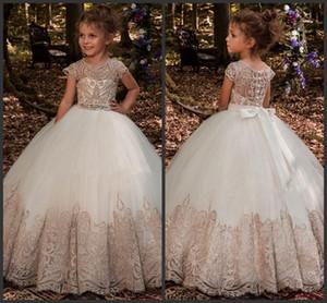 Nuovo Flower Girl Dresses telaio in rilievo gli abiti di sfera Appliques del merletto di lunghezza del pavimento delle ragazze di fiore principessa spettacolo di cerimonia nuziale Dresse