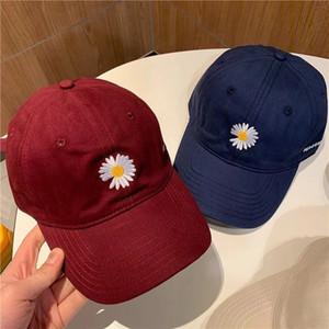 Оптовая продажа Дейзи роскошная дизайнерская шляпа уличная бейсболка бейсболки для мужчин женщина регулируемая брендовая шляпа шапочки купол высокое качество
