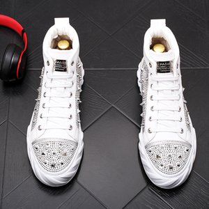 New Designer Men's high quality Studded Rivet Spike rhinestone Casual Shoes British Man Trending Leisure Shoes Male black white