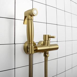 Матовый золотой горячий холодный смеситель для ванной туалет биде Faucet Women Flusher Sprayer Kit. Настенный черный хром