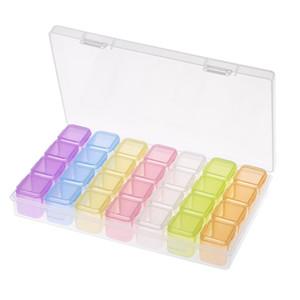 28 Yuvaları Şeffaf Plastik Nail Art Saklama Kutusu Nail Art Boncuk Yüzükler Küpeler Konteyner W5711