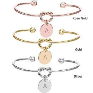 26 Lettre Cuff Bracelet Noeud Initiales ouvert Bracelet en or rose d'argent d'or Amour Coeur Charm Bracelets Monogram demoiselle d'honneur cadeau bricolage Bijoux