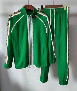 2GO hommes Costumes Costumes Sport 2019 Italie Marque de luxe de Survêtements Sweats Vestes Hommes Mode Medusa Vêtements de sport Survêtement