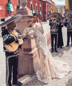 2019 Nuovo champagne Julie Vino Mermaid spalle pizzo Abiti da sposa sweep treno prom Backless Boho vestito fatto su misura