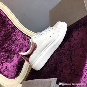 design de luxe 2019 Nouveau Luxe Hommes Femmes Chaussures pas cher Meilleur Top qualité Mode blanc Chaussures plateforme en cuir plat Casual Wedding Party Sho