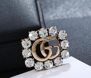 De lujo de la manera Europa y broches de los pernos plateados oro de los Últimos pernos de las broches para Hombres Mujeres para el banquete de boda del bonito regalo de 5826