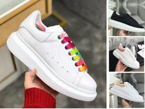 2020 Patlamalar Beyaz Erkek Düz dipli Deri Bayan Küçük Beyaz İnce Konfor Shoes 36-46 Koşu Düz dipli Casual Shoes