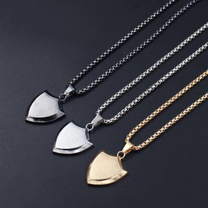 Triangolo Scudo pendente di disegno collane per modo degli uomini di titanio unisex gioielli e accessori potenti