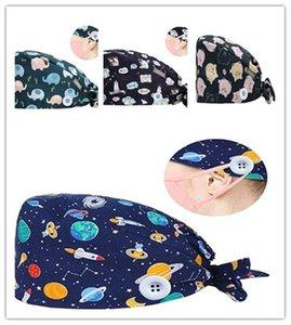 Хлопок Beanie шляпа мультфильм Printed Scrub Cap Регулируемый с помощью кнопки для лица маски крюка пряжки женщин кухонном партии шлем LJJA4121