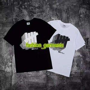 2019 Summer New Invaincu Cinq-barre Imprimer manches courtes couple en vrac coton T-shirt droite styliste Hommes personnalité manches courtes