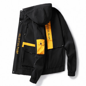 Herren-Jacken Frühling und Herbst beiläufige Art und Weise Bomber Hip Hop Jacket Men Designer japanische Steetwear Overcoat Baseball-Jacke Mäntel