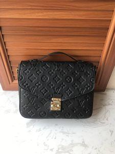 New Golden Age Archives Concepteurs Bao Femme Concepteurs Deluxe Crossbag Femme Sac à bandoulière Fashion Designers Sac à main de luxe