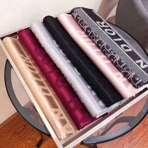 2020 Calidad de lujo de colores Carta diseñadores bufanda de seda de las mujeres Carta del mantón famoso DIOR bufandas Instock