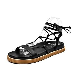 2019 Inferior Calçados Femininos Strap planas Joker Seaside Beach Vacation Roma Sandals fada de vento