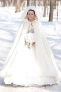 2020 Retro Custom Made White Winter Bridal Wraps & Jackets Gorgeous Satin Hooded Wedding Coat Dresses Formal Bridal Cape Wrap Faux Fur Cloak