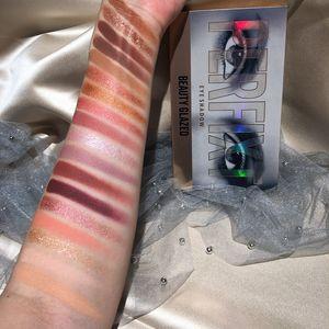 Beauty Glazed 18 color new eye shadow ins multicolored Desert Rose Eye Shadow mashed potato