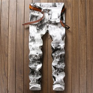 Corée du style Mens Designer Jeans Straight Leg Impression Fashion Slim Fit Pantalons Denim Casual Hip Hop Pantalons 668