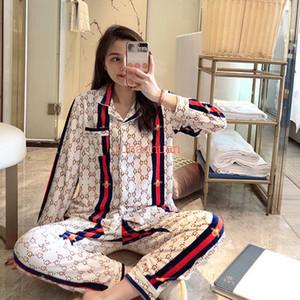 Trendy Altın Kadife Harf GG Arı Tarzı Pijama Kadın İlkbahar Sonbahar Moda Suits Alfabe Baskılı Üst düzey Ev giysiler uzun kollu