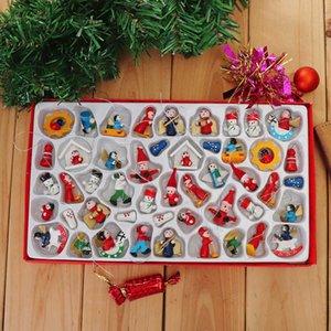 48pcs tradicional de madera del árbol de navidad Decoración colgante casero conjunto de juguete hermosa delicada Hotel Restaurant Ambiente de Santa Claus Y19061103